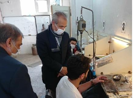 بازدید معاون هماهنگی امور اقتصادی استانداری آذربایجان شرقی از کارگاههای مهارت آموزی فنی و حرفه ای استان